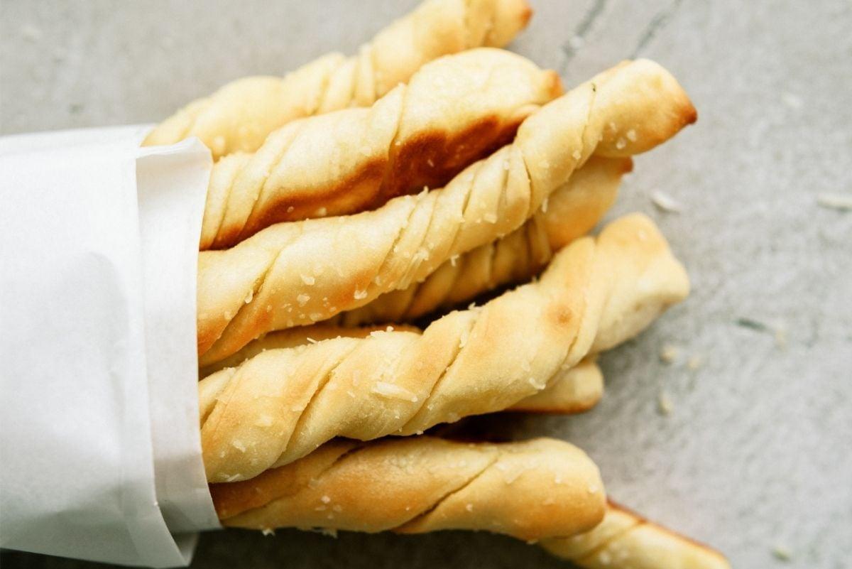 Homemade Pizza Factory Breadsticks Recipe