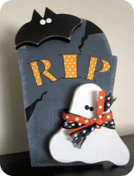 Wood Creations Halloween Gravestone Tutorial