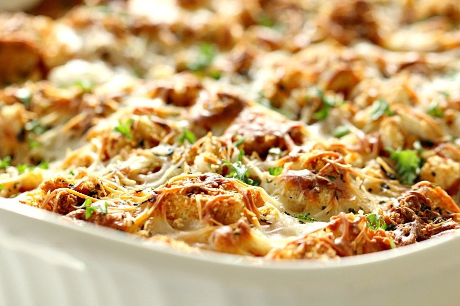 Baked Chicken Parmesan Casserole on SixSistersStuff