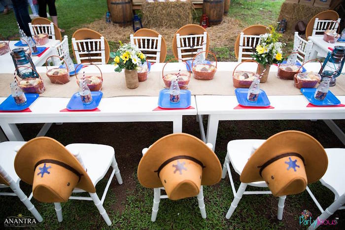 Cowgirls And Cowboys Birthday Party This Is A Great Theme To Use If You Are Inviting Boys Girls Your