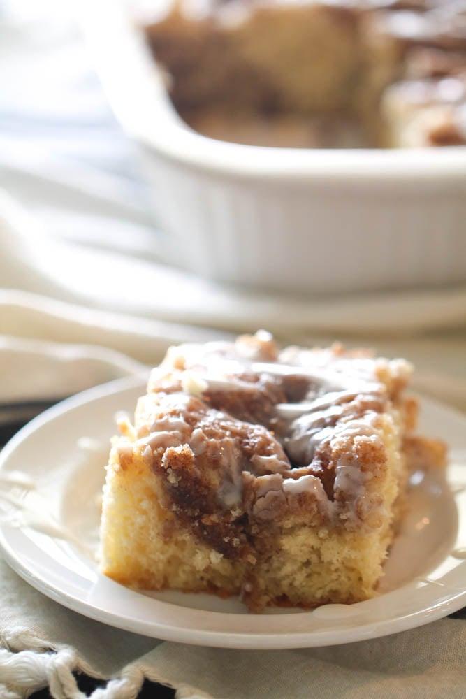 cinnamon roll cake six sisters stuff