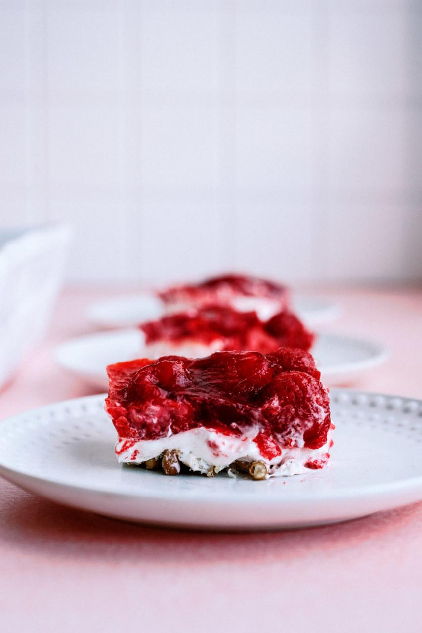 Raspberry Pretzel Jello Salad Dessert Recipe