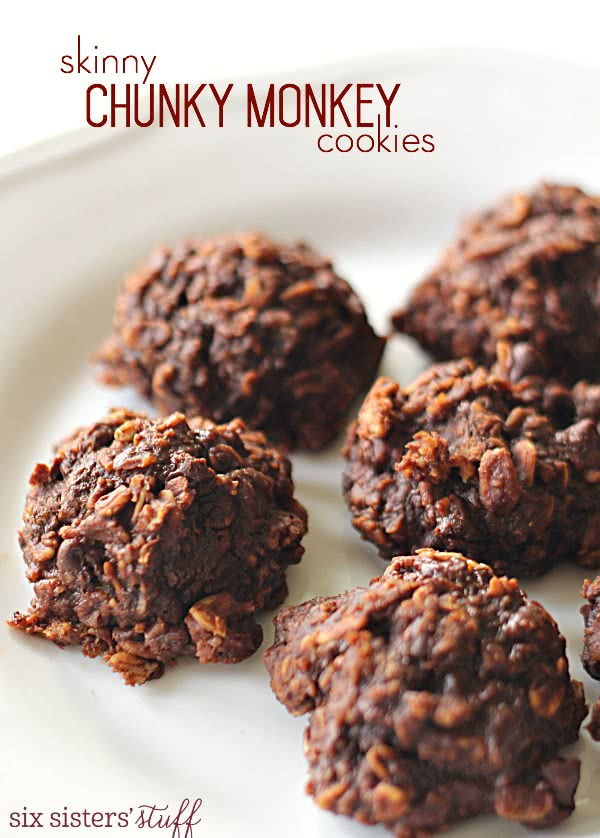 Skinny Chunky Monkey Cookies on SixSistersStuff.com