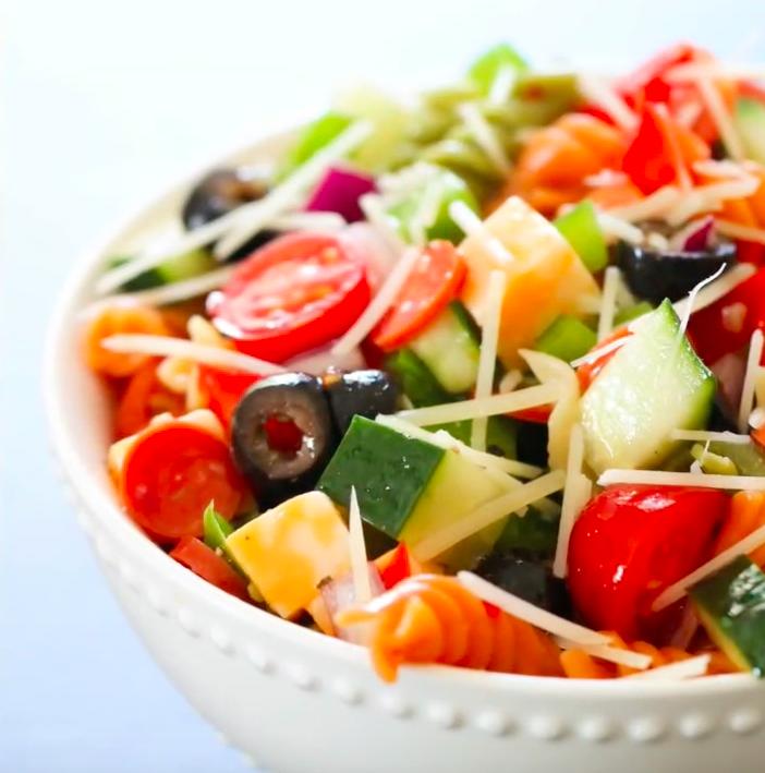 Mom's Traditional Pasta Salad