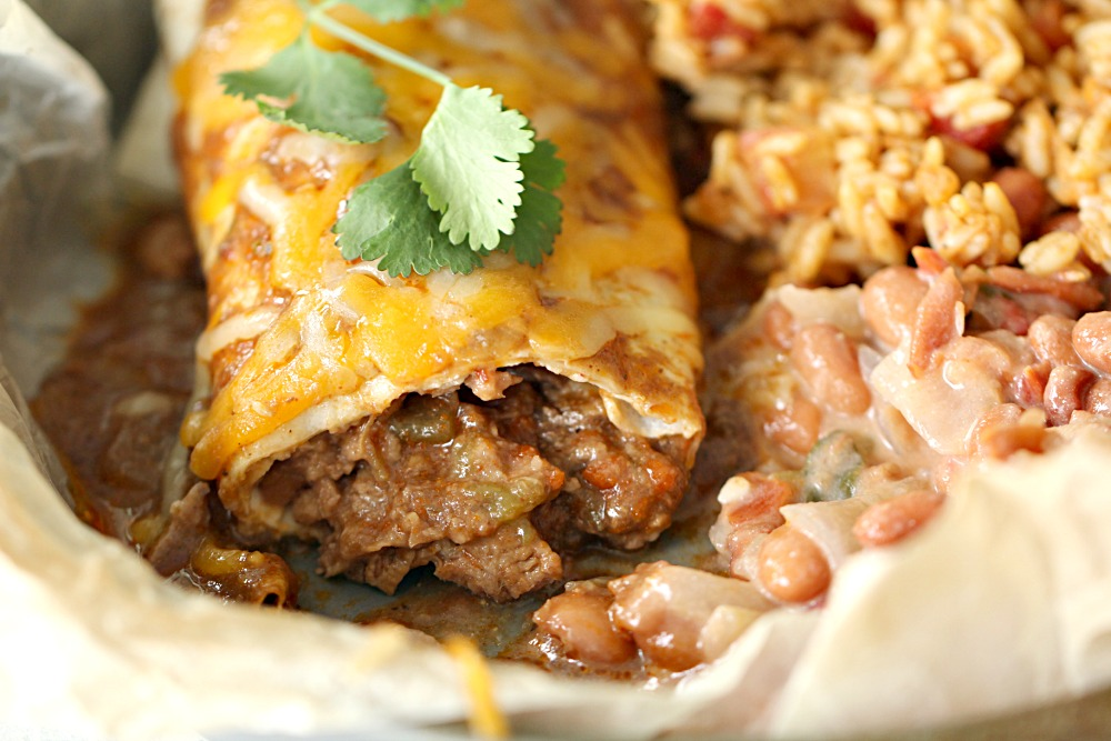 Slow Cooker Chile Colorado Beef Burritos with beans and rice