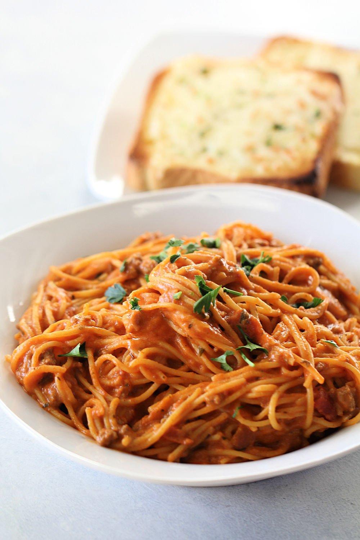 Slow Cooker Creamy Spaghetti Recipe