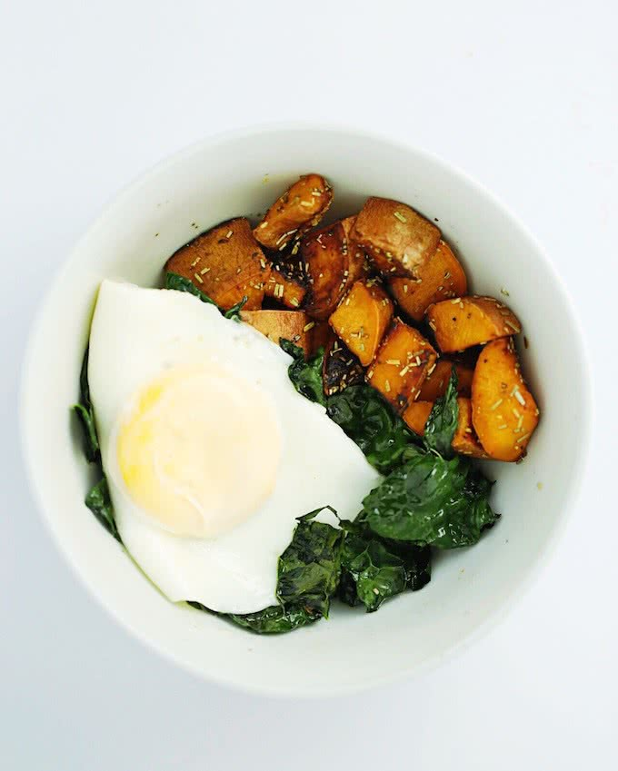 Kale-Sweet-Potato-Breakfast-Bowl