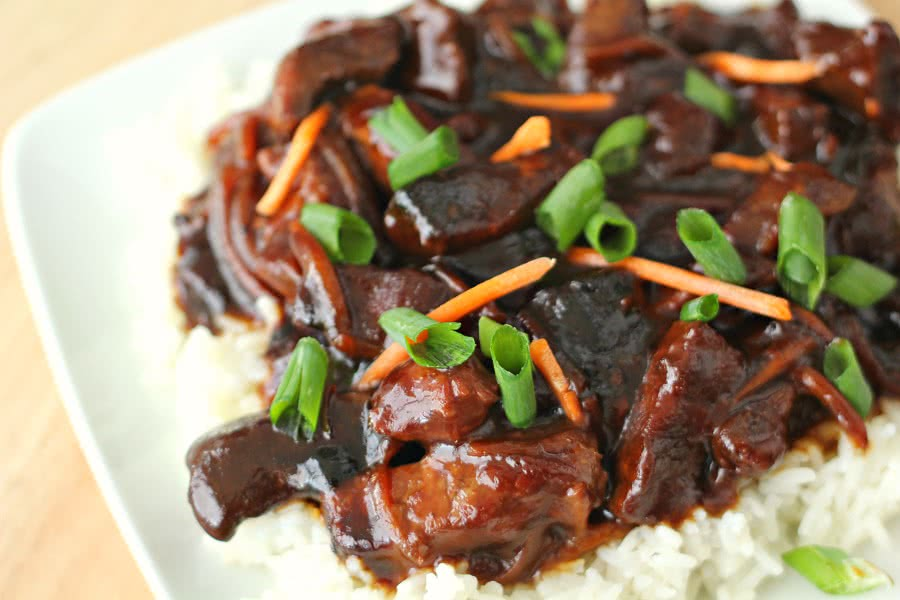 Slow Cooker Mongolian Beef from SixSistersStuff