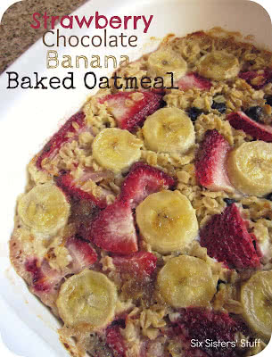 Strawberry Chocolate Banana Baked Oatmeal