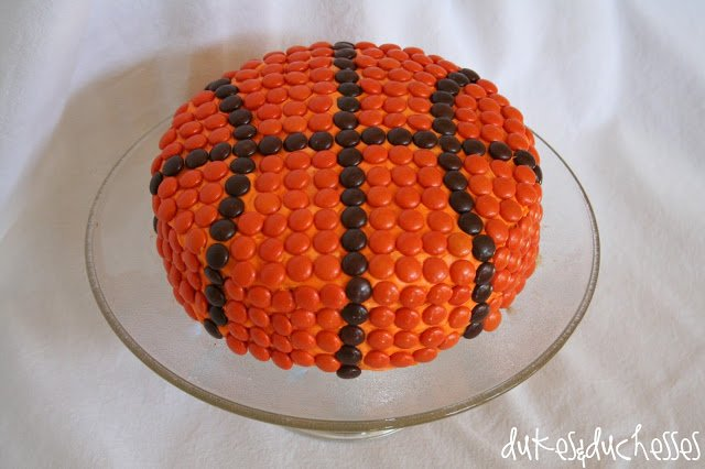 Basketball Cake This One Might Take Some Time But No Frosting Skills Are Needed Just Reeses Pieces Candies Or M Ms I Made For My Little