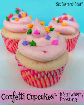 Confetti+cupcakes+with+strawberry+frosting[1]