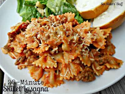 20+Minute+Skillet+Lasagna[1]