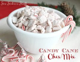 Candy Cane Muddy Buddies