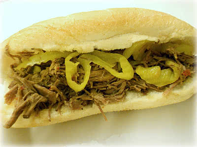 Slow Cooker Italian Beef Sandwiches Recipe (only 4 ingredients!)