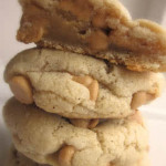 Puffy+Vanilla+and+Peanut+Butter+Chip+Cookies[1]