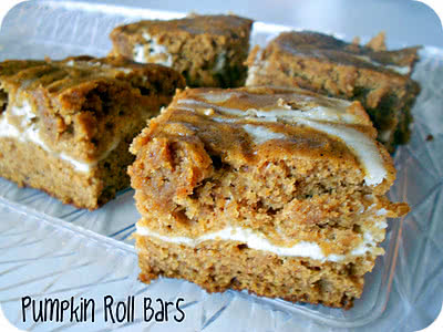 Cream Cheese & Pumpkin Roll Bars Recipe