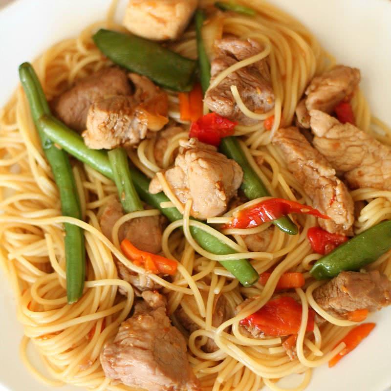 20-Minute Skillet Pork Lo Mein