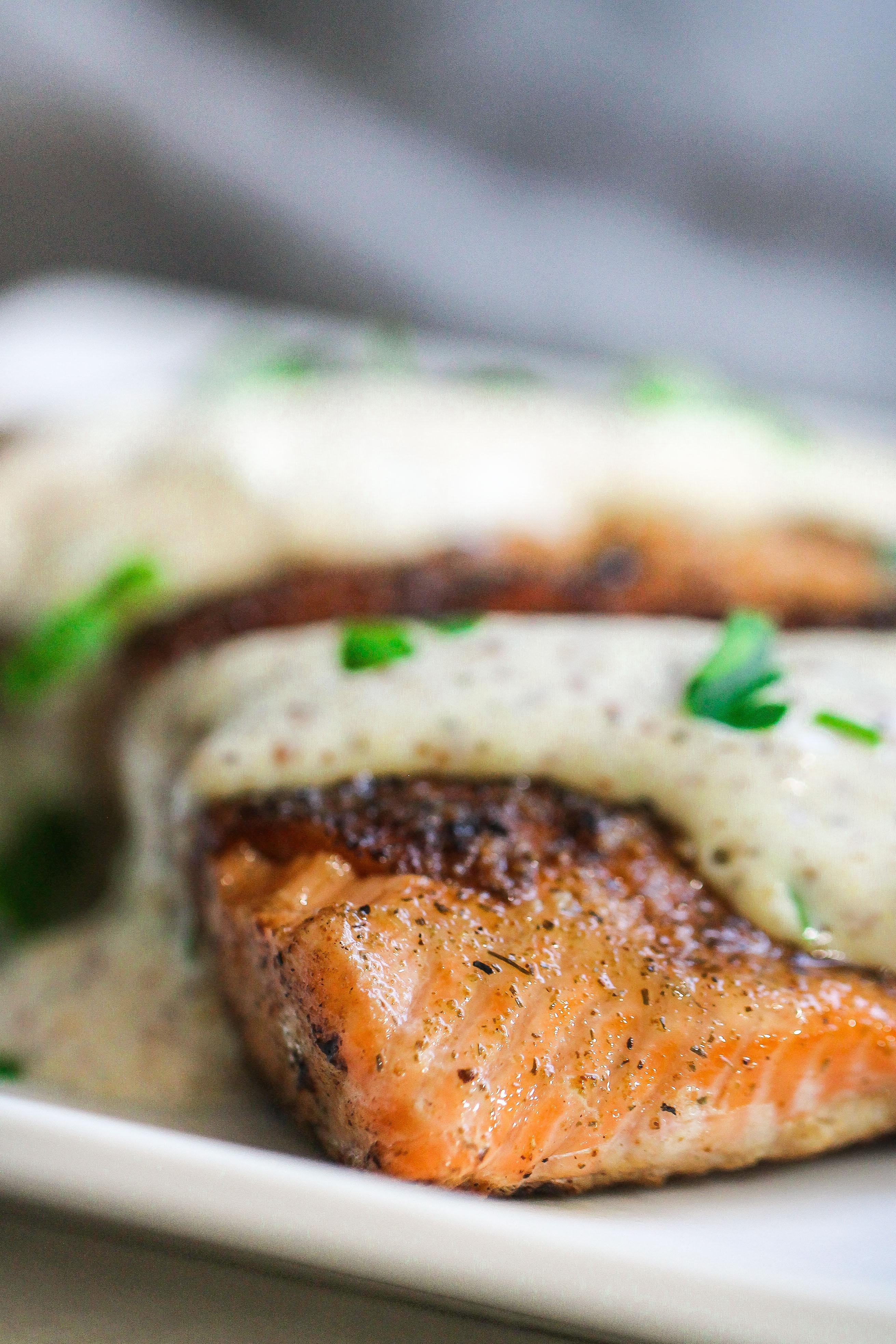 Savory Salmon with Tangy Horseradish Sauce