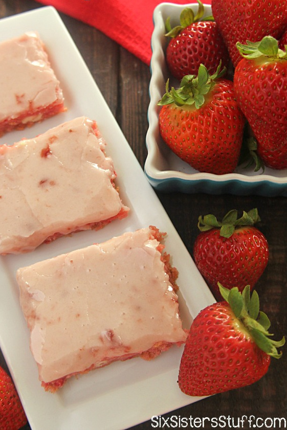 Strawberry Cake Bars Recipe