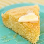 Easy Homemade Cornbread from SixSistersStuff.com