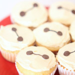 Big Hero 6 Baymax Cupcakes from SixSistersStuff.com