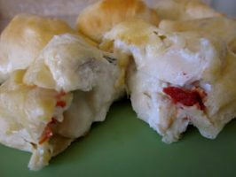 Creamy Chicken and Bacon Pockets