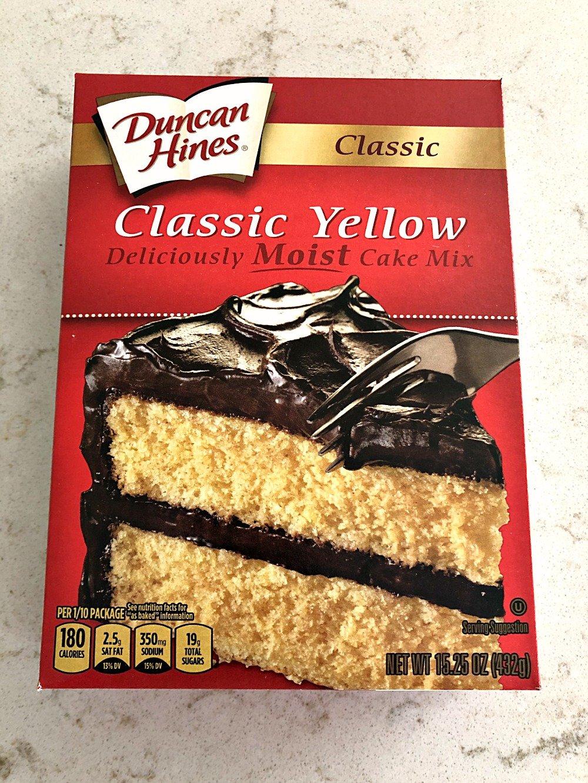 Box of yellow cake mix