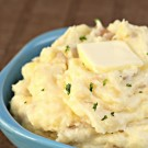 Make-Ahead Mashed Potatoes on SixSistersStuff.com