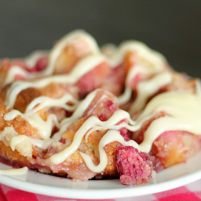 Copycat Kneaders Raspberry Bread Pudding Recipe | Six Sisters' Stuff