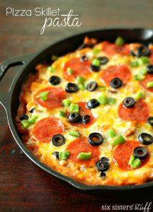Pizza Skillet Pasta on SixSistersStuff