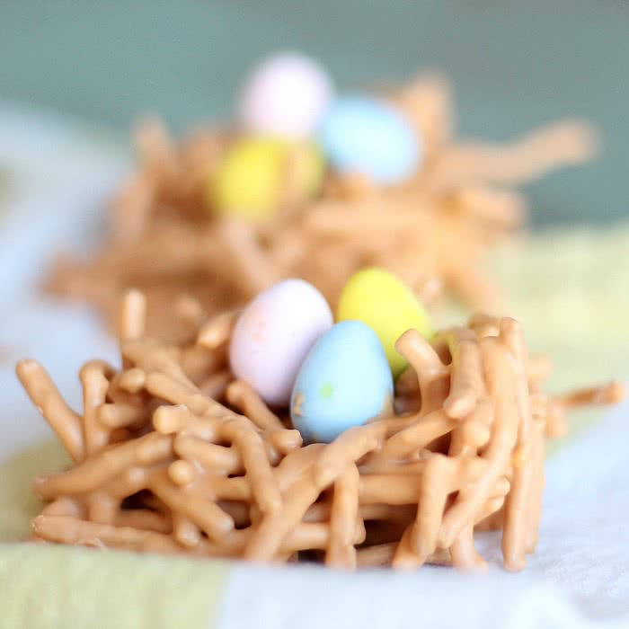 Butterscotch Bird Nest with Chow Mein Noodles