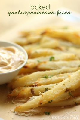 Baked Garlic Parmesan Fries with Spicy Aioli