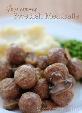 Slow-Cooker-Swedish-Meatballs-Recipe-700x964