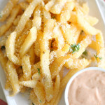 Disneyland's Pommes Frites from SixSistersStuff.com