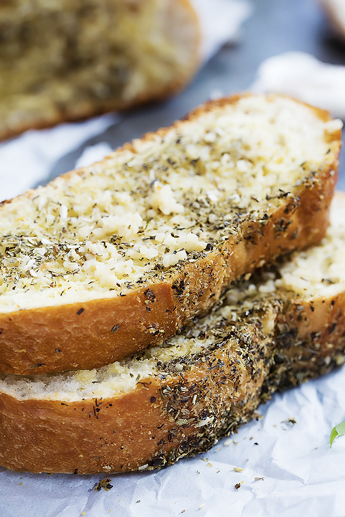grilled-garlic-bread-1
