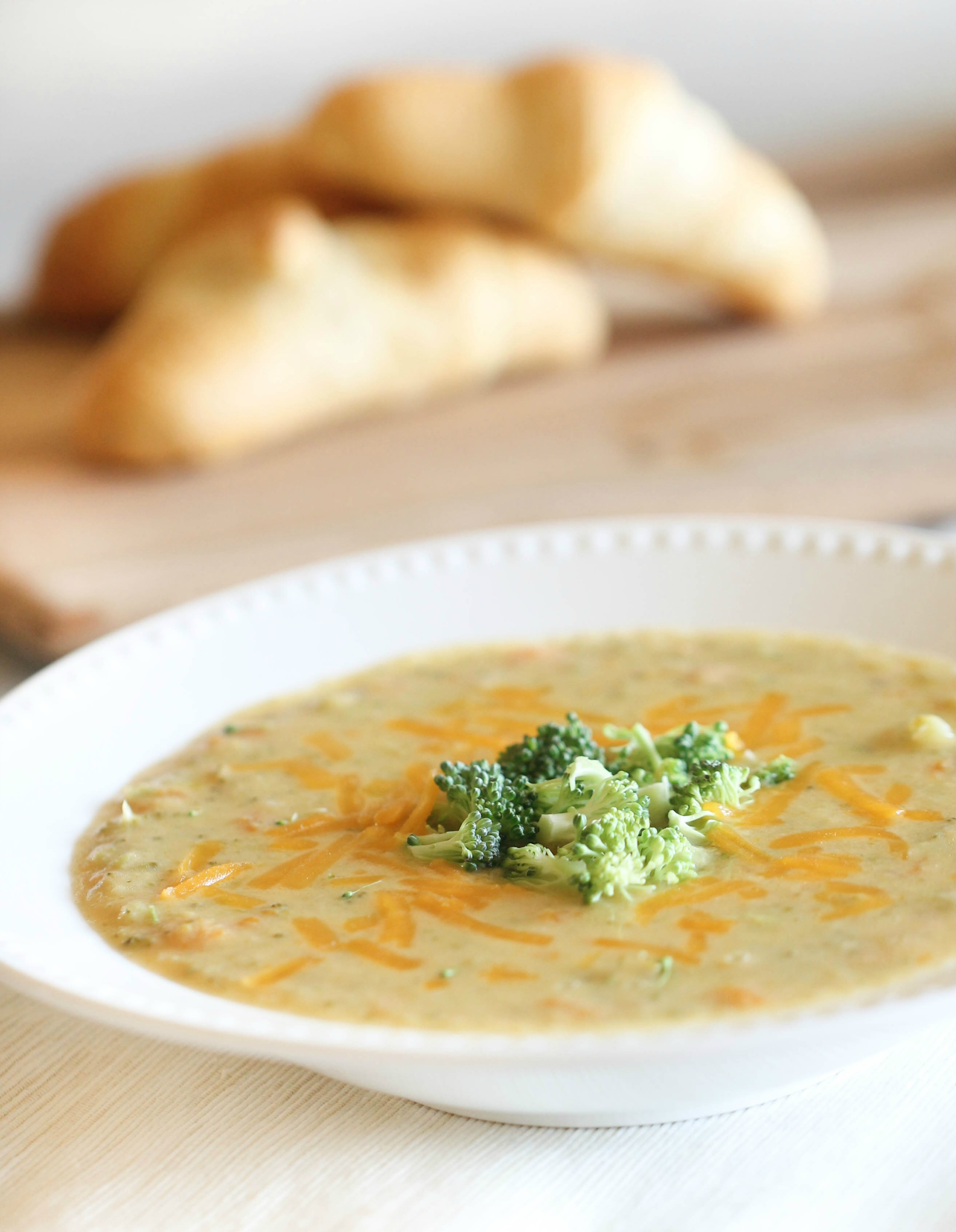 Slow Cooker Broccoli Cheddar Soup Recipe