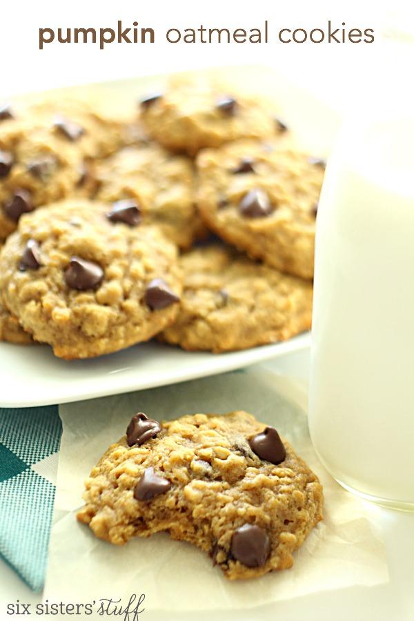 Pumpkin Oatmeal Chocolate Chip Cookies | Six Sisters' Stuff