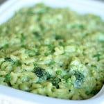 St. Patrick's Day Green Mac n' Cheese from SixSistersStuff.com