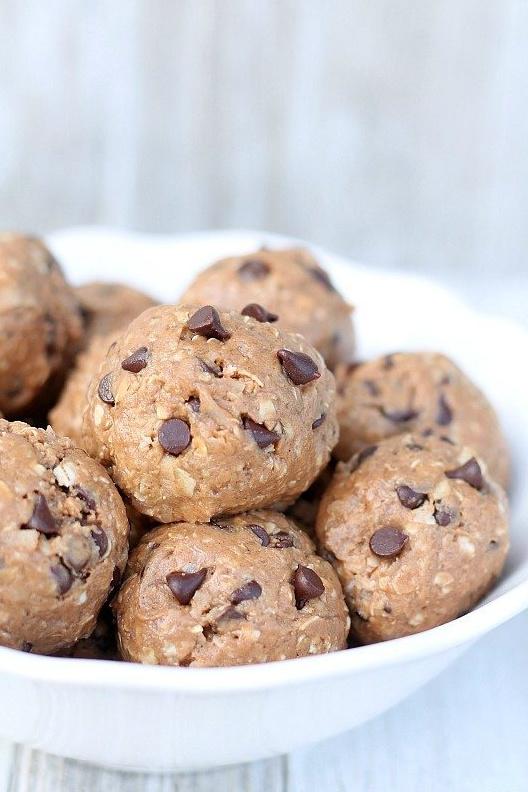 Chocolate Protein Energy Bites Recipe