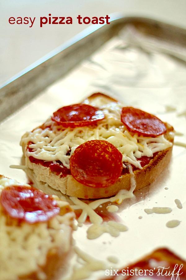 Easy Pizza Toast Recipe
