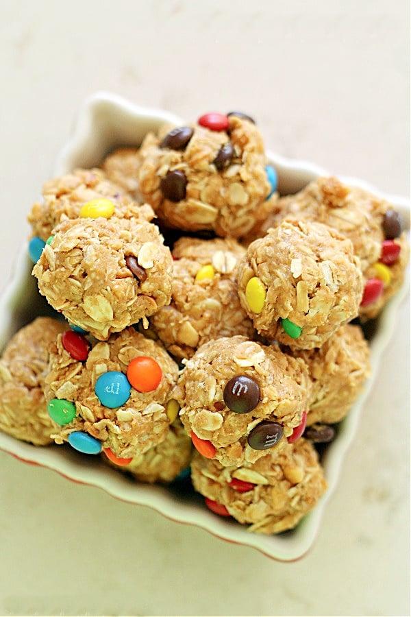 No-Bake Oatmeal Peanut Butter Balls Recipe
