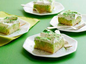 FN_St-Patricks-Day-Lime-Poke-Cake_s4x3.jpg.rend.snigalleryslide
