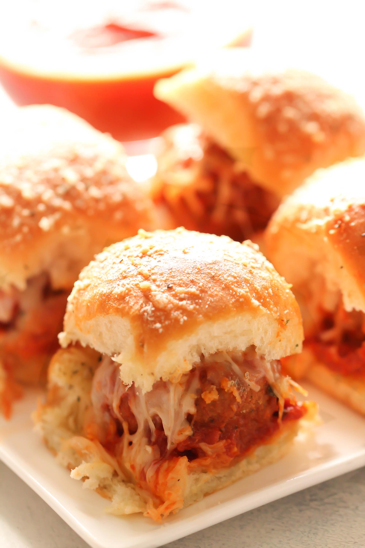 Cheesy Meatballs Sliders