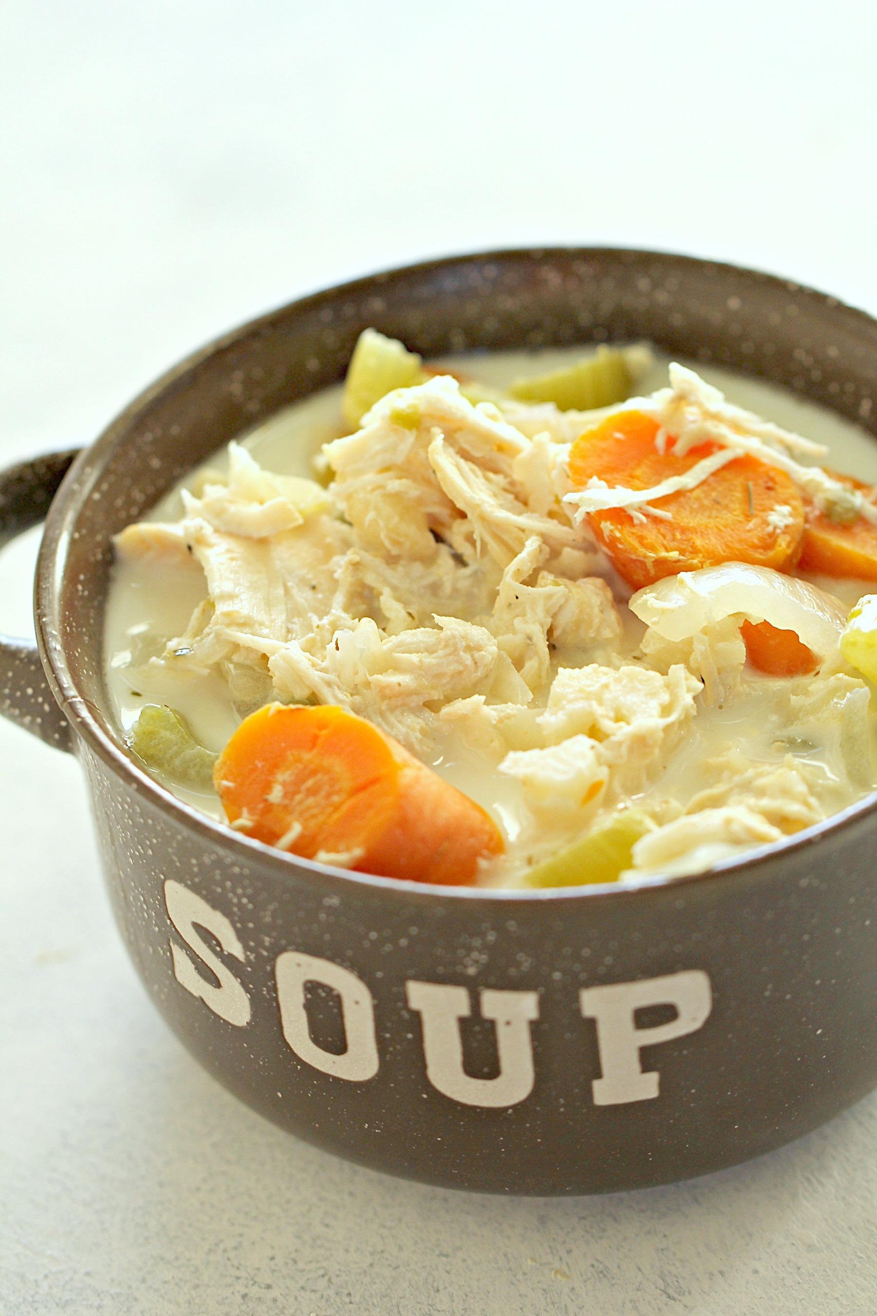 Low Carb Chicken Pot Pie Soup