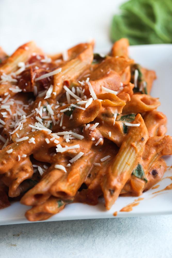 Creamy Spinach and Tomato Pasta