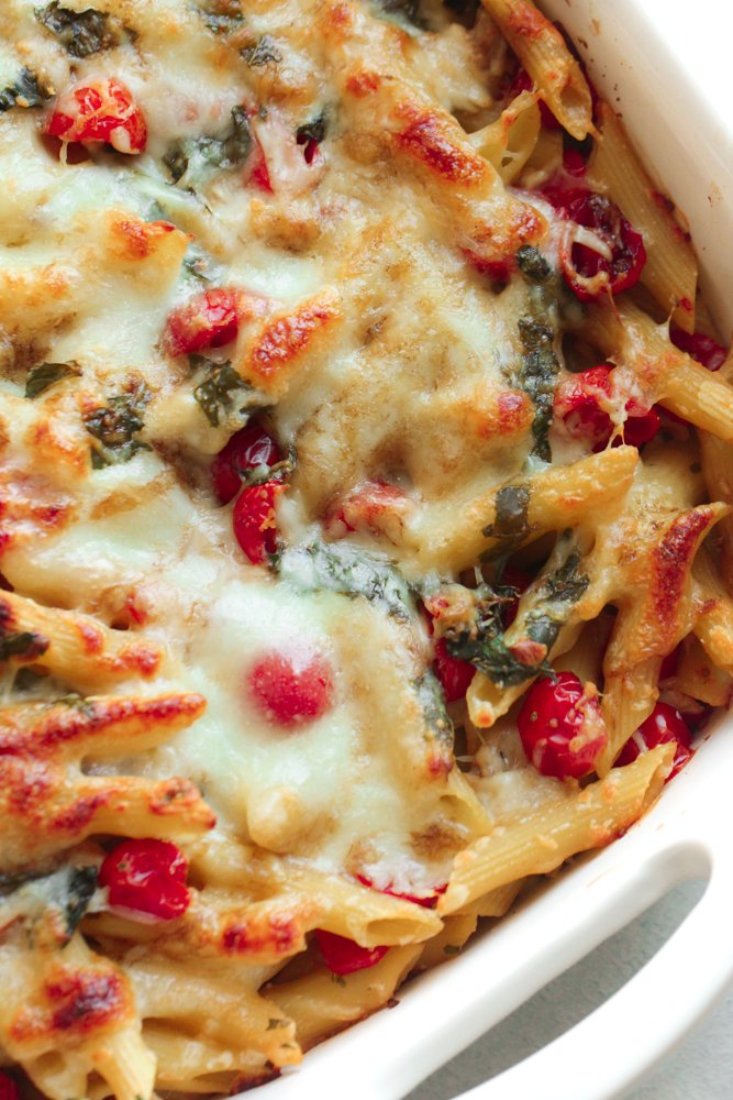 Easy Caprese Pasta Bake Recipe