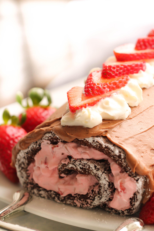 Grandma's Chocolate Cake Roll