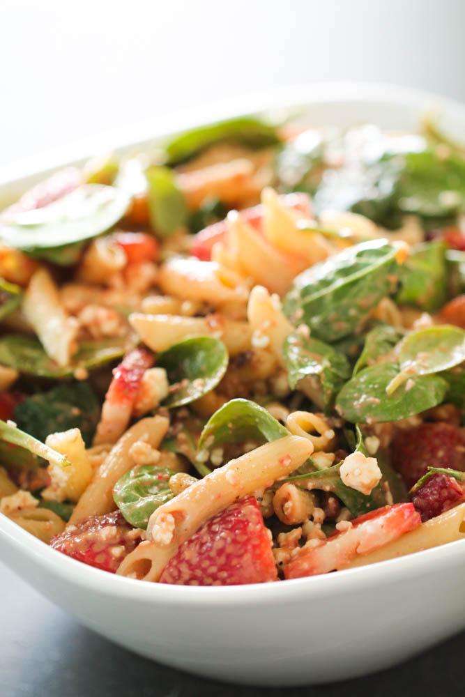 Strawberry Balsamic Spinach Pasta Salad