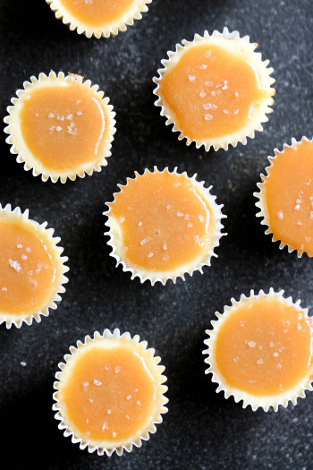 Mini Salted Caramel Cheesecakes all on a platter, ready to serve