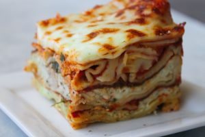 Easy Homemade Lasagna Recipe {You'll Want This} | Six ...